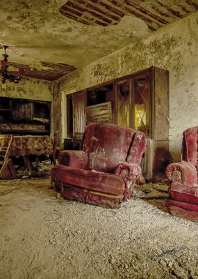Mold Hous Red Armchair